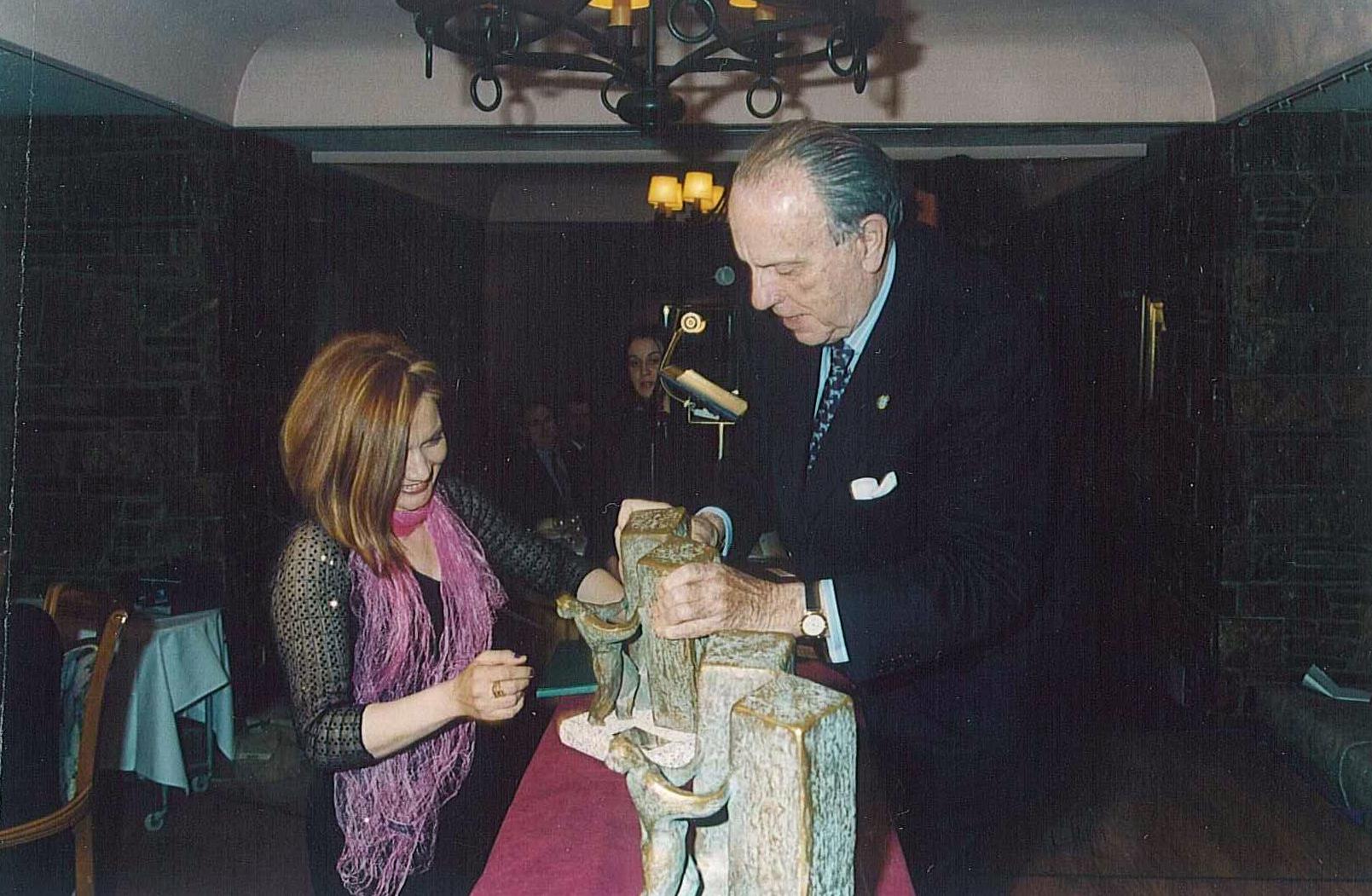PREMIO ESPECIAL: Ganador del Premio Muralla de Lugo.