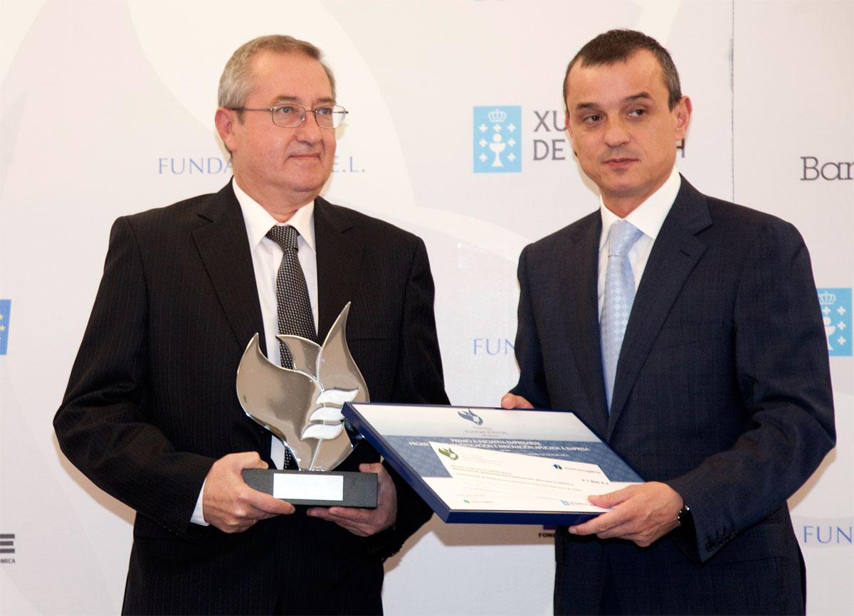 Ganador Premio de Investigación e Innovación Aplicada a Empresa : Fabricación de productos sanitarios in vitro - Cenbimo S.L.