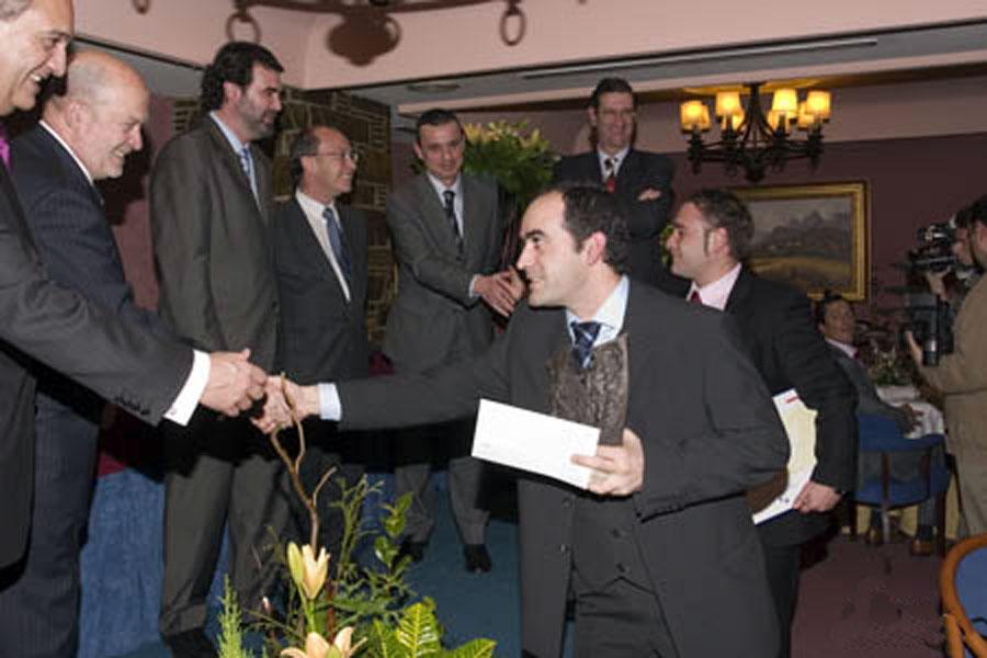Ganador del Premio a Proyectos de Creación de Empresa: Helixporto, S.C.