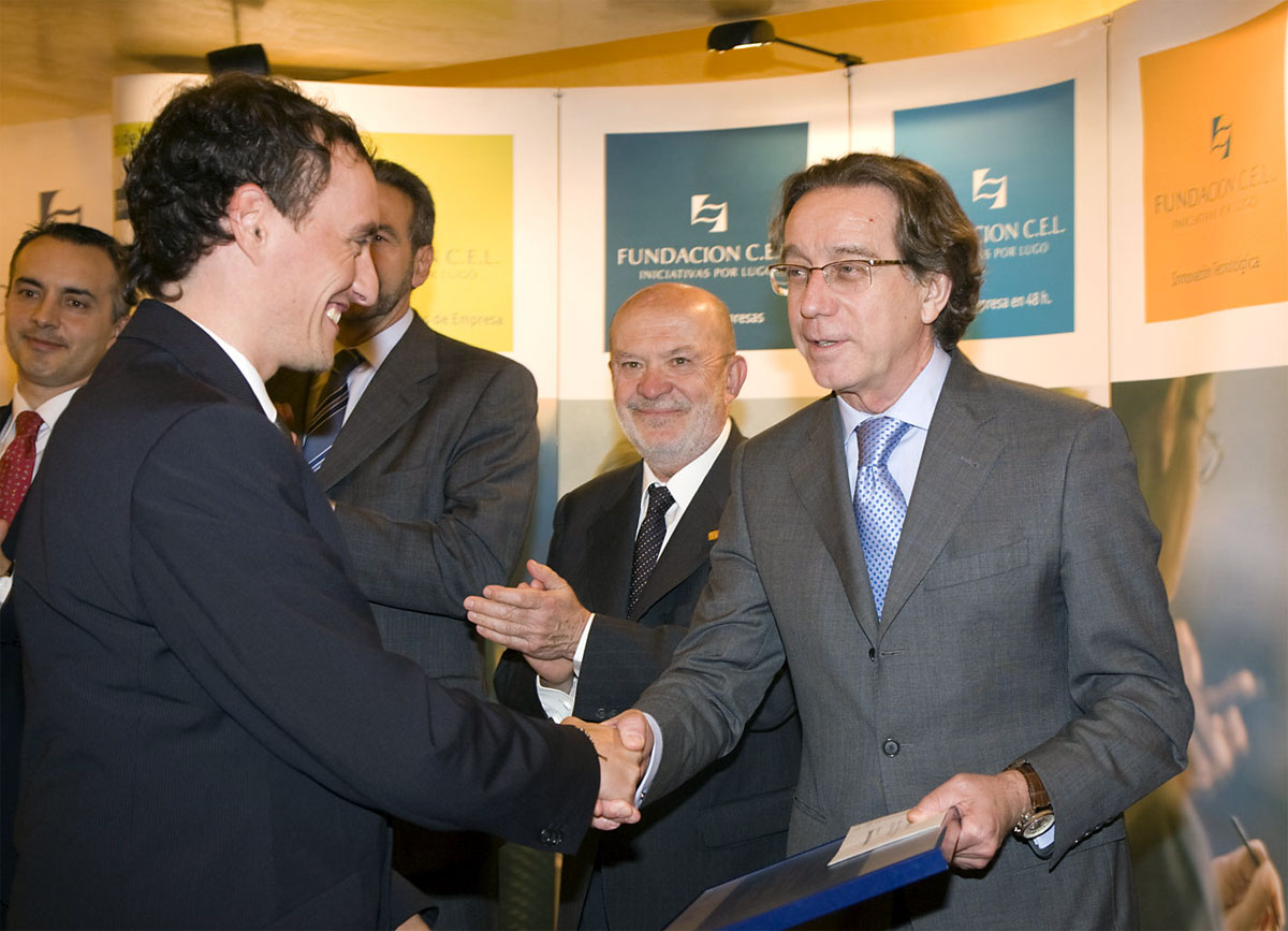 Ganador del Premio a Proyectos Universitarios de Creación de Empresa: Circo Concepto Orixinal.