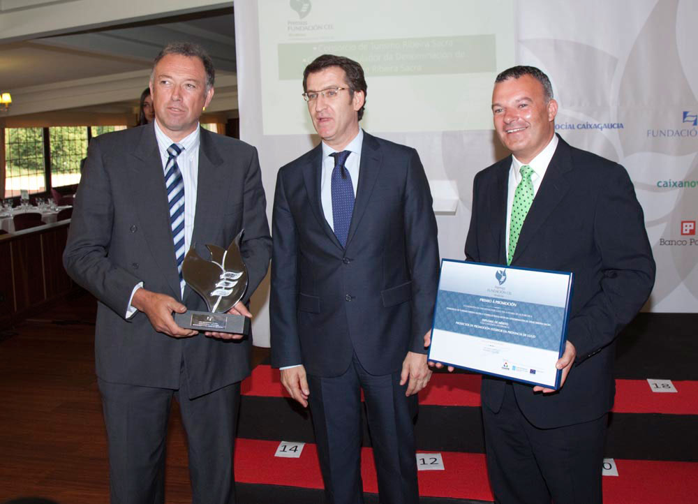 Ganador del Premio a Promoción Exterior de la Provincia de Lugo: Consorcio de Turismo A Ribeira Sacra y al Consejo Regulador de la Denominación de Origen Ribeira Sacra.